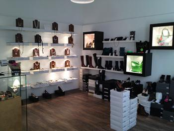 MYTHO ACCESSOIRES OUTLET, Friedrichstrasse 50